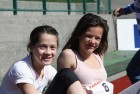 Galleri-Friidrett-To  jenter  i  sola